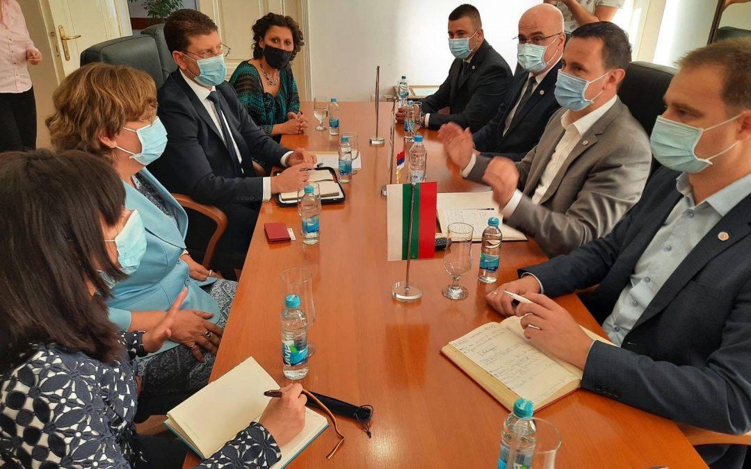 Potpisan sporazum sa bugarskom opštinom Loveč – Saradnja na polju kulture, privrede i turizma